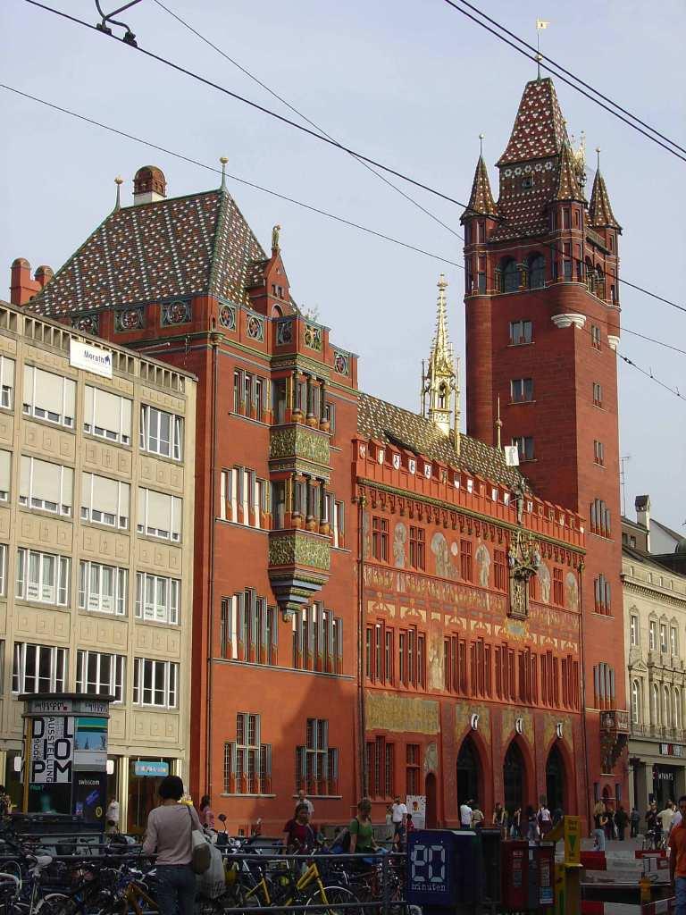 Basilea, lugar estratégico para visitar 3 países.