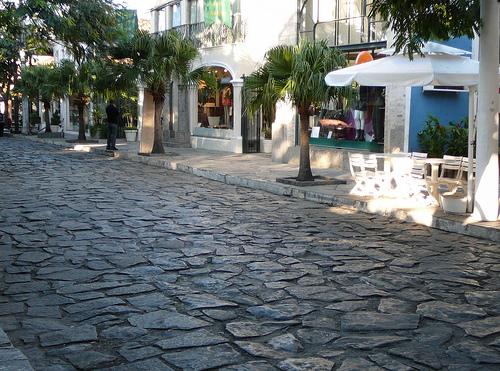 Buzios IV. Rua das Pedras, compras y restaurantes.
