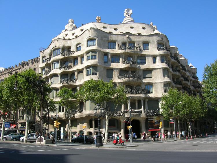 Barcelona y Gaudí, la belleza del modernismo
