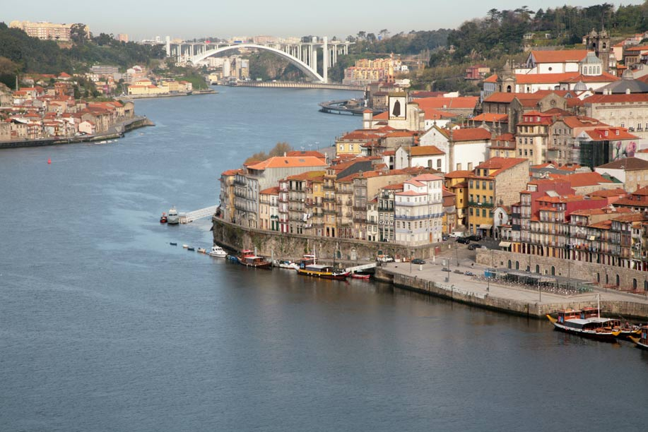 Cinco razones para visitar Oporto en Portugal