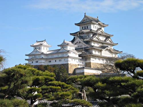 Castillos medievales en Japón