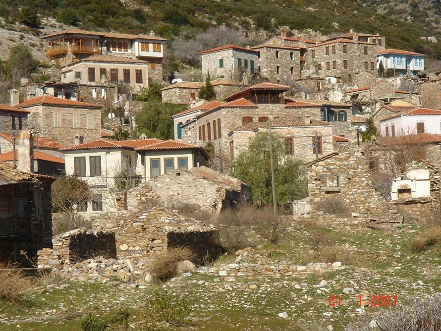 El misterioso pueblo abandonado de Doganbey en Turquía
