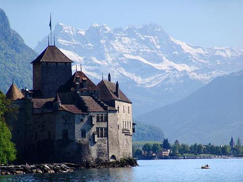 Ribera suiza del Lago Leman