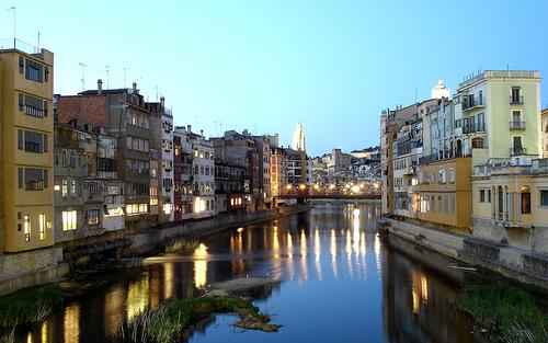 Girona, una ciudad de contrastes