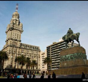 En la ciudad vieja de Montevideo 2