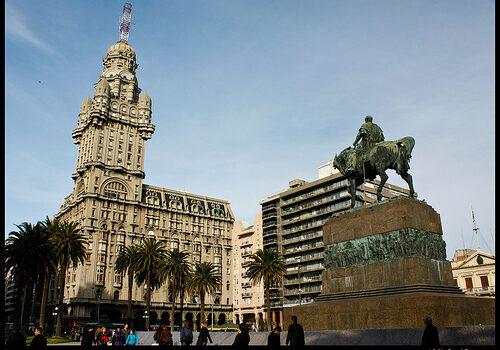 En la ciudad vieja de Montevideo 5
