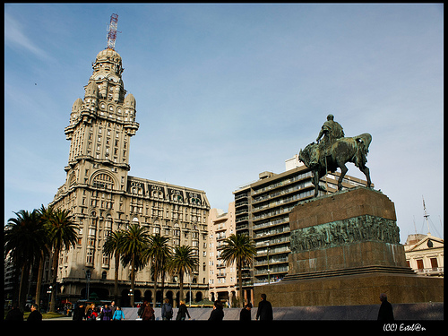 En la ciudad vieja de Montevideo 1