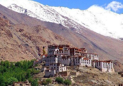 Monasterios budistas en Ladakh, India 15
