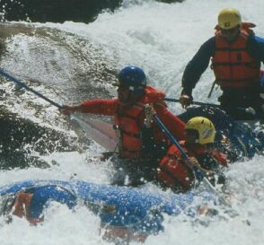 Hacer rafting en Perú 2