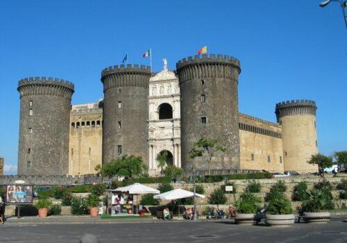 El Castillo Nuevo en Nápoles 2
