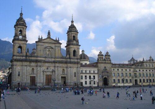 Visita la Catedral Primada de Colombia en Bogotá 15