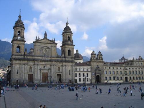 Visita la Catedral Primada de Colombia en Bogotá 1