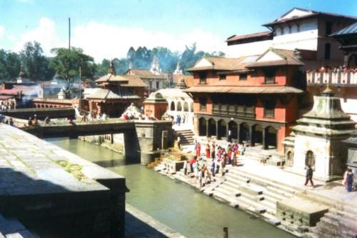 El Templo de Pashupatinath en Katmandú 1