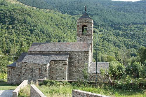 Vall de Boí, conjunto románico Patrimonio de la Humanidad y estación de esquí 17