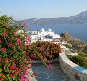 Milos, la isla de los colores en Grecia 2