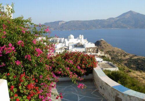 Milos, la isla de los colores en Grecia 15