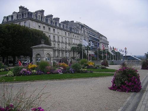 Pau, campamento base para el suroeste francés