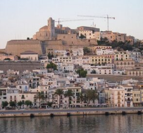 Visita la Catedral de Ibiza 2
