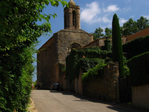 Púbol, el corazón de Dalí y Gala en Girona