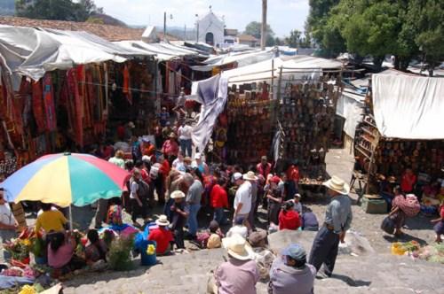 Chichicastenango, mercado indígena en Guatemala 1