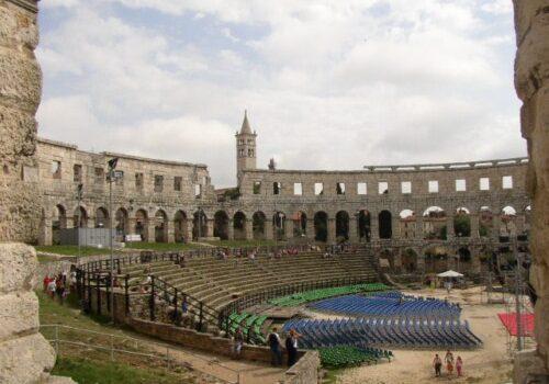 Pula, ciudad romana en Croacia 11