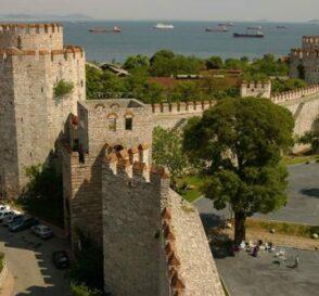 La Fortaleza de Yedikule en Estambul 2