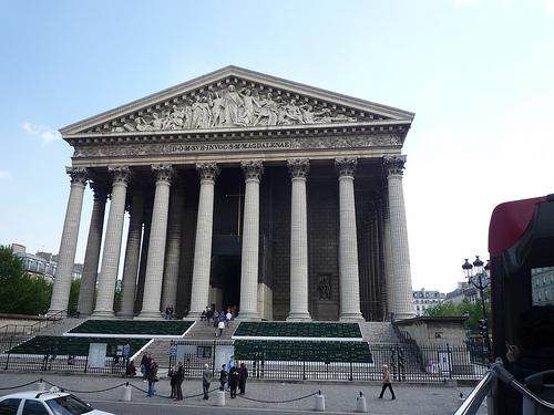 El templo disonante de la Madeleine en París 1