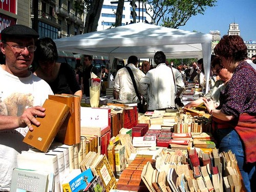 Sant Jordi en Barcelona, Da del Libro