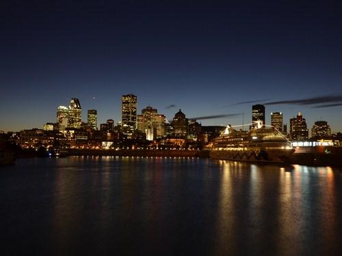Crucero nocturno en Montreal