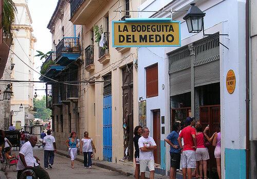 La Bodeguita del Medio en La Habana, Cuba 6