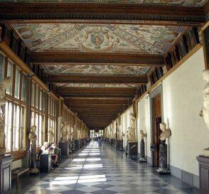De visita a la Galería Uffizi, el corazón del arte en Florencia 1