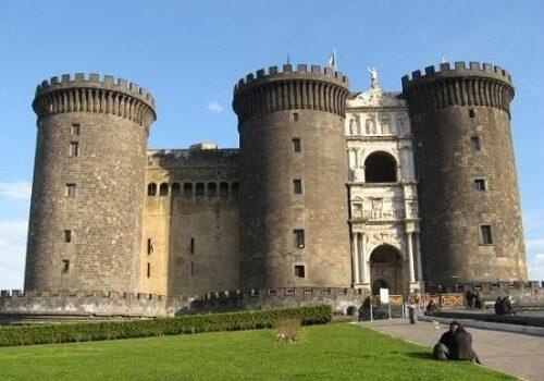 Napolés y sus castillos 1