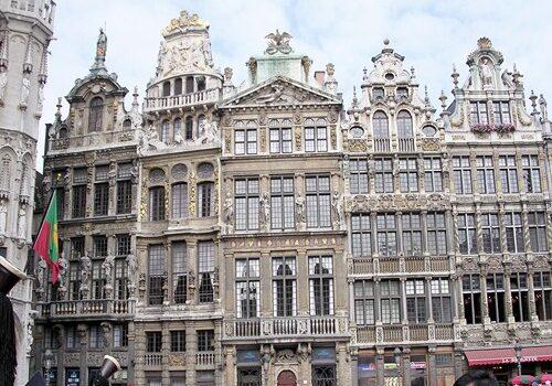 Le Cornet, fachadas en la Grand Place de Bruselas 1