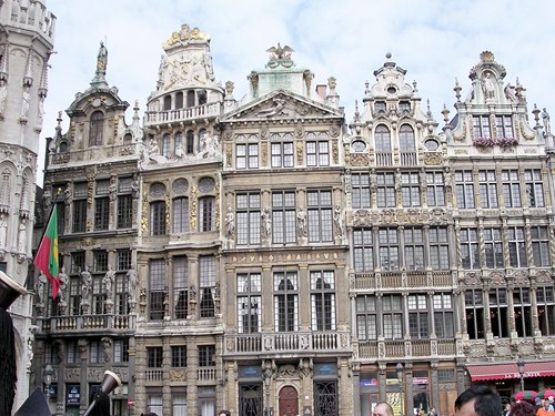 Le Cornet, fachadas en la Grand Place de Bruselas