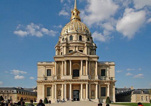 El Palacio Nacional de los Inválidos de París 6
