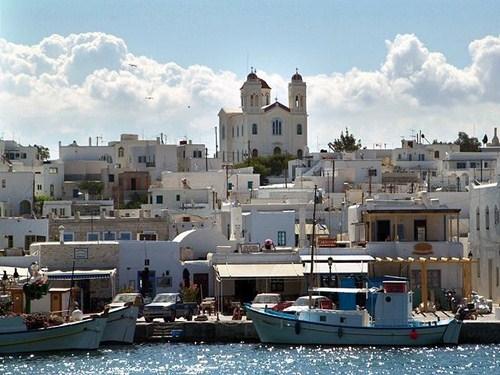 La isla de Paros y sus pueblos con encanto