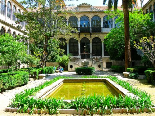El Palacio de las Columnas en Granada