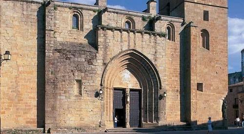 Monumentos que no hay que perderse en Cáceres 8