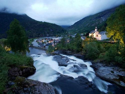 Hellesylt, en el corazón de los fiordos noruegos
