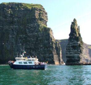 Paseo en barco por los Acantilados de Moher, Irlanda 3