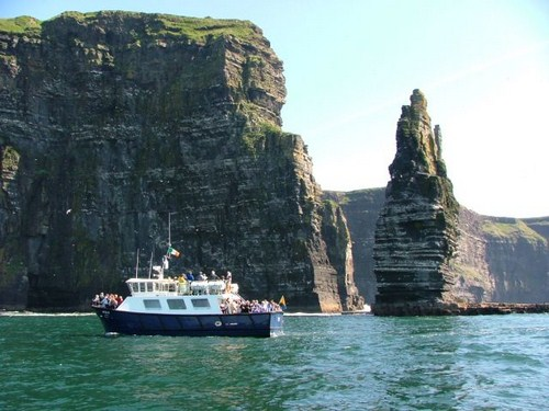 Paseo en barco por los Acantilados de Moher, Irlanda