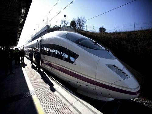Nuevo tren de alta velocidad Barcelona - París
