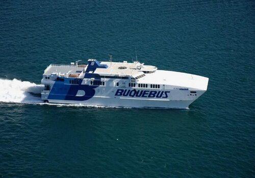Buquebus, viajar en barco de Argentina a Uruguay 1