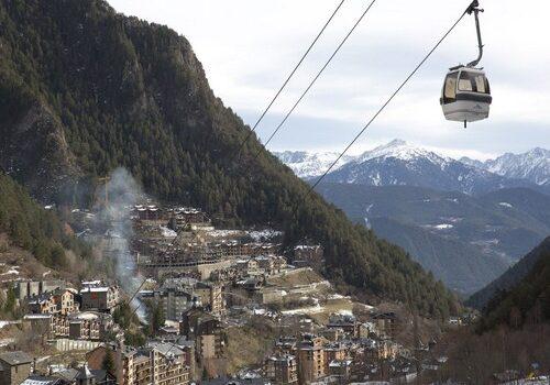 Arinsal, pequeño pueblo en Andorra 2