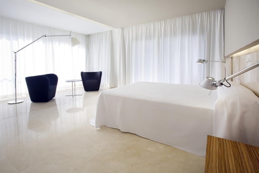Hotel belroy habitacion