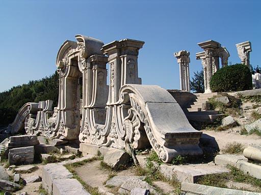 Las ruinas del Antiguo Palacio de Verano en Pekín 2
