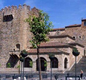 Cáceres, un sueño de piedra de 300 años 1