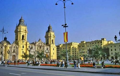 Conocer Lima a través de sus monumentos 2