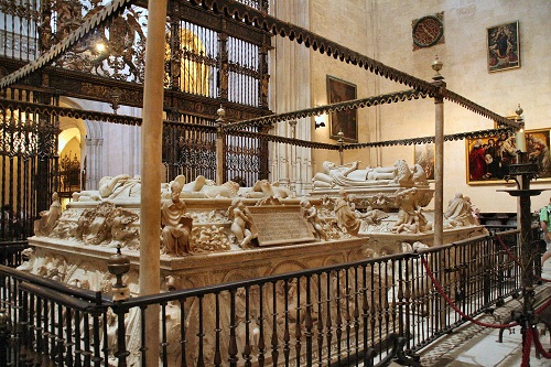La Capilla Real, joya arquitectónica de Granada 9