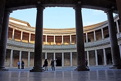 El Palacio de Carlos V en Granada 7
